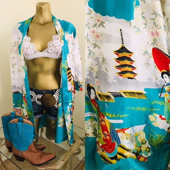 Jackets & Blazers - Fabulous Japanese Art Print Kimono Jacket Small